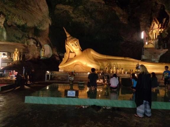 Monkey Cave (Suwankuha Temple)